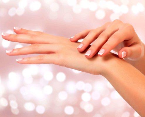 come curare le mani screpolate